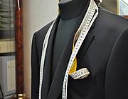 スーツ採寸イメージ