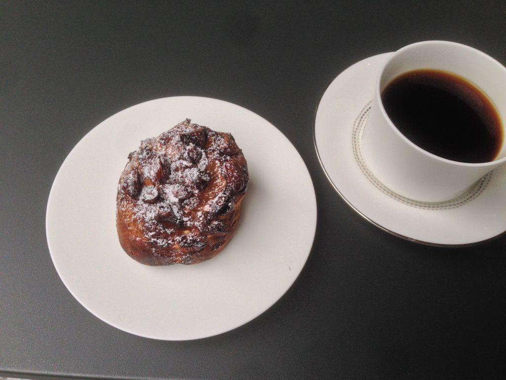コーヒーとシュークリーム