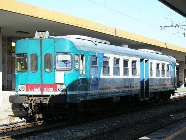 カターニア駅2