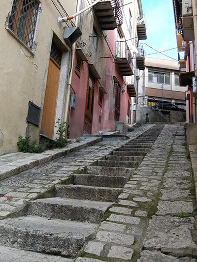 コルレオーネ村 石畳の階段