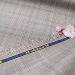 桜が似合うオーダースーツの服地を選んでみました。