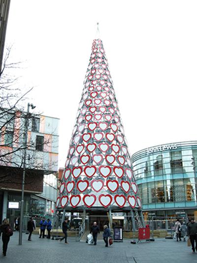 リバプール クリスマスツリー
