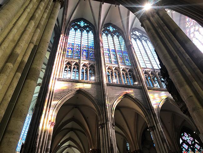 ケルン大聖堂ステンドグラス2