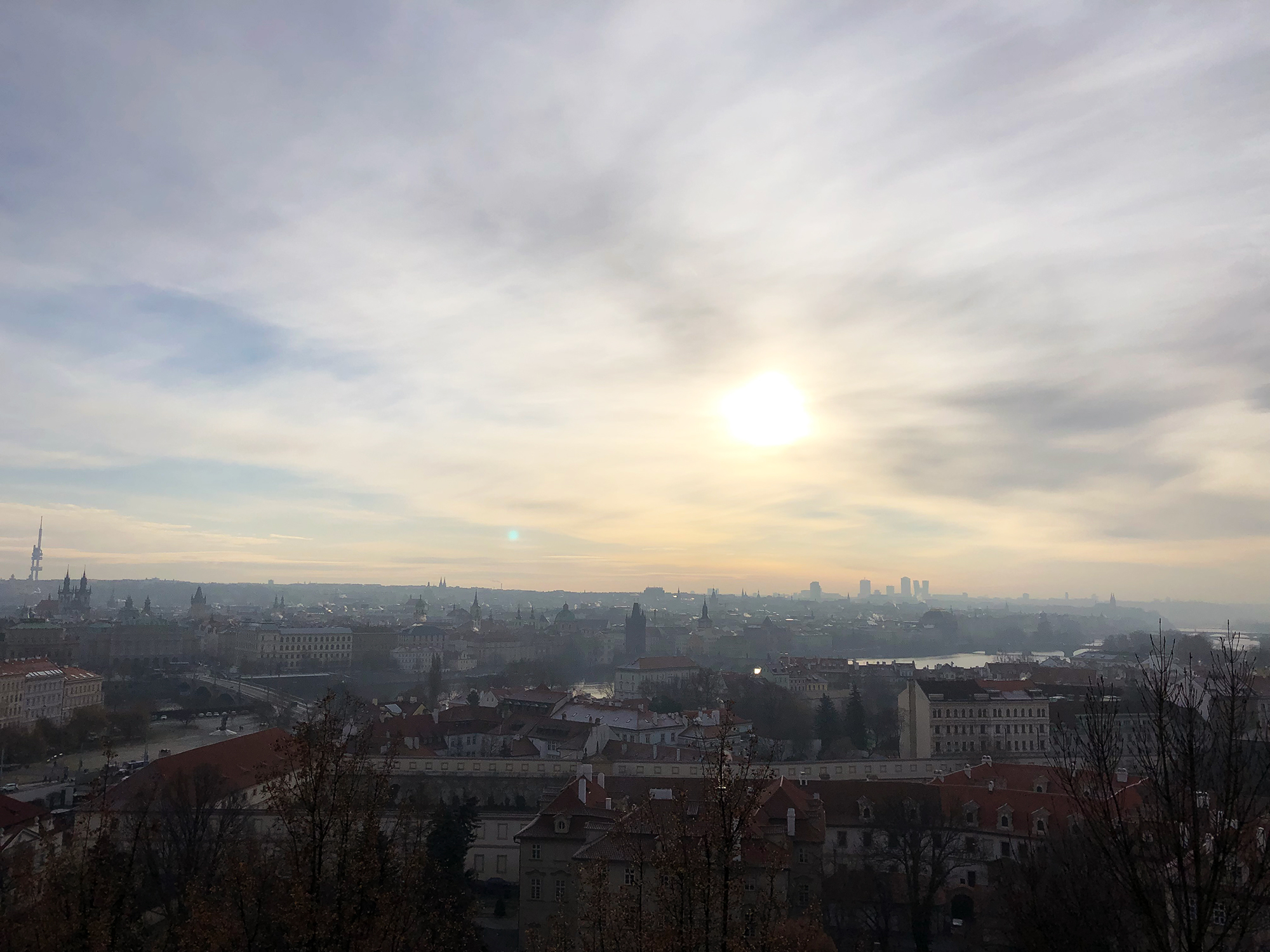 プラハ朝焼け